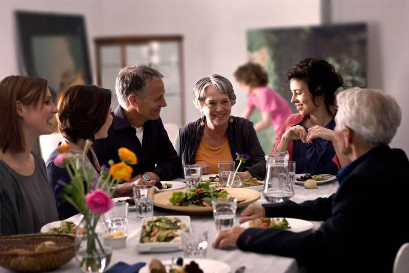 Wearing hearing aids at a dinner party
